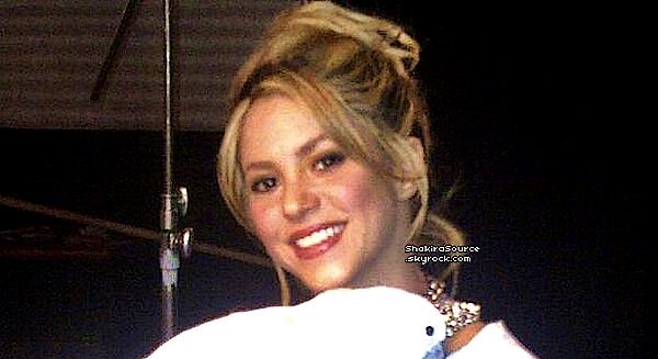🎤 Shakira & CeeLo étaient sur le « Plateau de The Voice ». 17 Mai 2o13, Los Angeles - Etats-Unis.