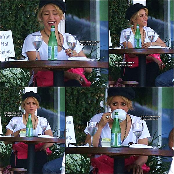 🏬 Après être allés « Déjeuner au Restaurant », Shakira & Tonino sont allés au « Magasin Fred Segal ». o1 Juin 2o13, Los Angeles - Etats-Unis.
