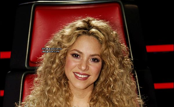 🎤 Shakira était sur le « Plateau de The Voice ». 18 Juin 2o13, Los Angeles - Etats-Unis.