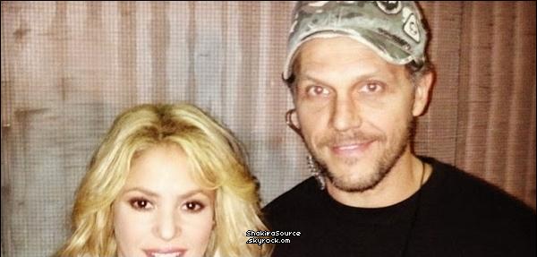 🎤 Shakira est allée aux Auditions à l'Aveugle de  « The Voice ». Octobre 2o13. Los Angeles - Etats-Unis.