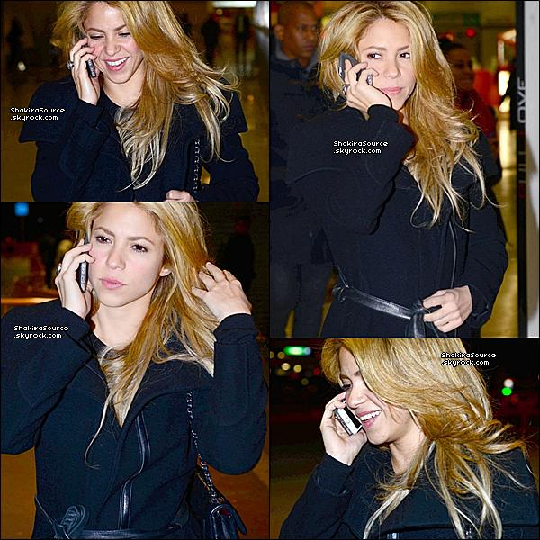 ⛪ Shakira & son frère Tonino sont allés à l'Eglise « Santa Maria de Cana » pour l'enterrement d'Irene Vazquez Romero. 27 Novembre 2o13 - Madrid, Espagne.