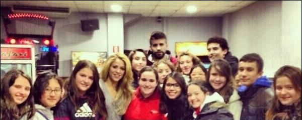 🏀 Shakira & Gérard sont allés au  « Palau Sant Jordi » pour voir un match de Basket. 28 Novembre 2o13 - Barcelone, Espagne.