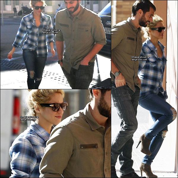 . Candids - 22 Janvier 2o14  Shakira a été vue à Barcelone le jour de l'anniversaire de Milan.   .