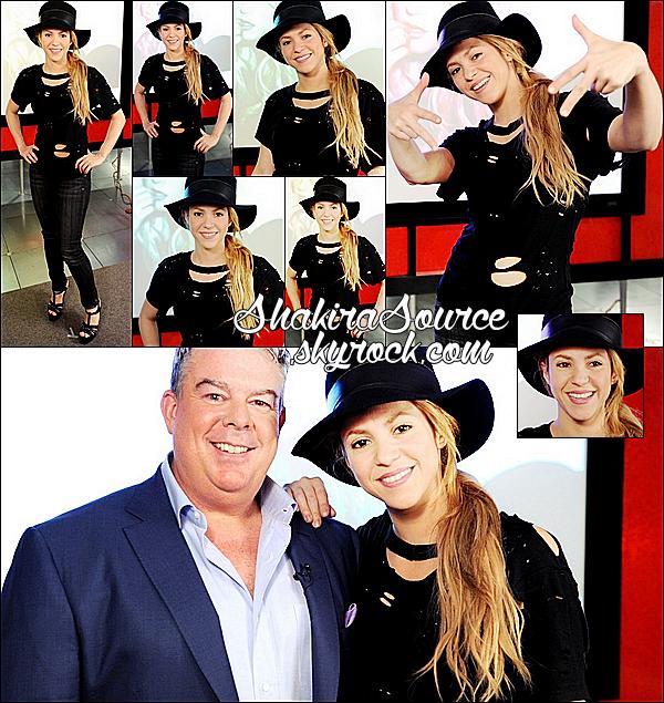 🎤 Shakira est allée aux « Clear Channel Studios » pour donner une Interview pour The Elvis Duran Z100 Morning Show. 3o Avril 2014 - Los Angeles, Etats-Unis.