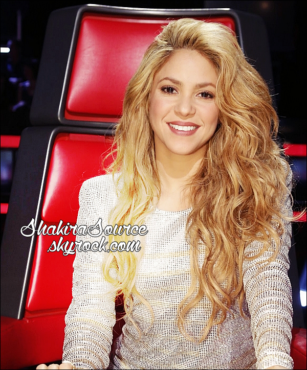 📷 Shakira était sur le « Plateau de The Voice ». 19 Mai 2014 - Los Angeles, Etats-Unis.
