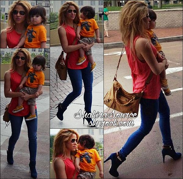 🚶 Shakira, Milan & Tonino ont été vus dans les « Rues de Washington ». o3 Juin 2014 - Washington, Etats-Unis.