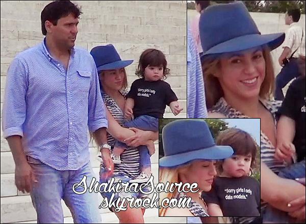 🚶 Shakira, Milan & Tonino ont été vus dans les « Rues de Washington ». o4 Juin 2014 - Washington, Etats-Unis.