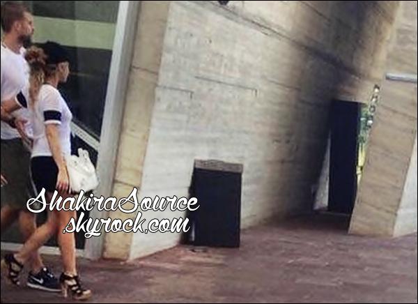 🌴 Shakira & Gérard ont été vus sur une « Plage ». o4 Juillet 2014 - Cancun, Mexique.