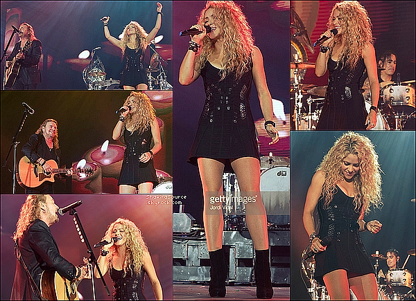 🎤 Shakira a chanté Mi Verdad lors du « Concert de Maná » au Palau Sant Jordi. 06 Septembre 2015 - Barcelone, Espagne.