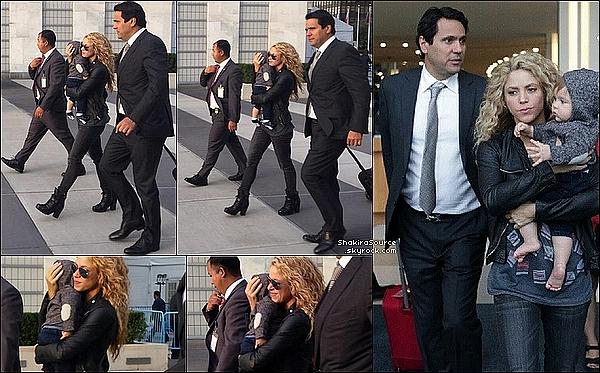 🎤 Shakira a chanté « Imagine de John Lennon » devant le Pape François à l'Assemblée Générale des Nations Unies. 25 Septembre 2015 - New-York, Etats-Unis.