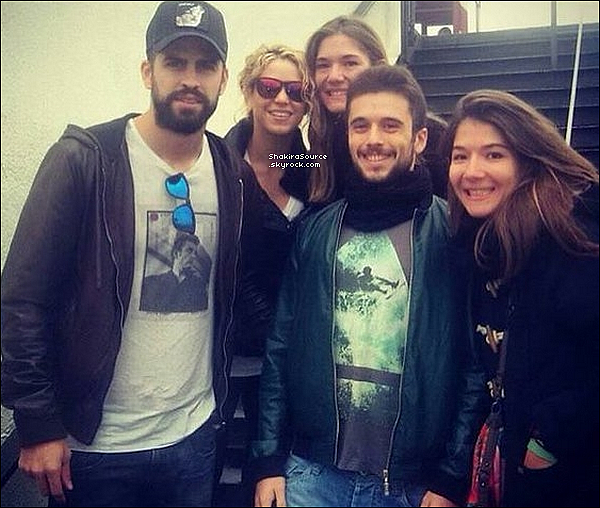 🎃 Shakira, Gerard, Milan & Sasha ont « Fêté Halloween ». 31 Octobre 2015 Barcleone - Espagne.