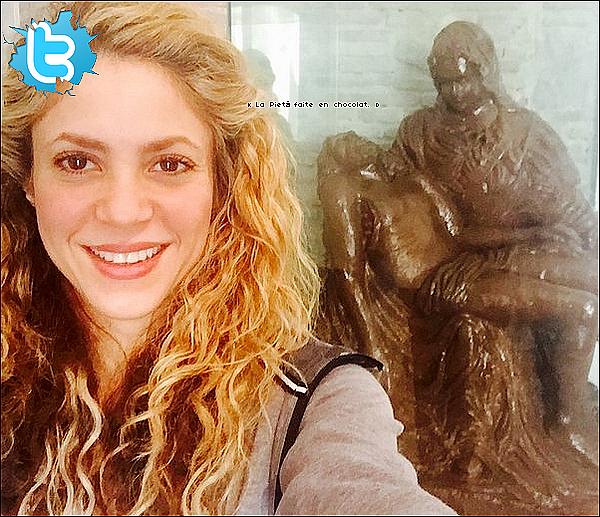 ✈️ Quelques heures plus tard, Shakira était à « LAX Airport ». 16 Février 2o16 - Los Angeles, Etats-Unis.