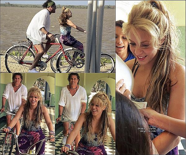 🎥 Shakira a donné une « Interview »  sur une chaîne télé Colombienne.  21 Mai 2o16 - Barranquilla, Colombie.