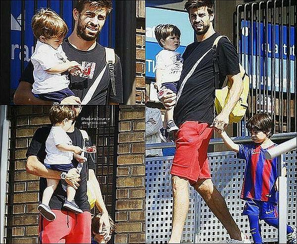 🎒 Gérard est allé « Récupérer Milan à l'école ». 29 Juin 2016 Barcelone - Espagne.