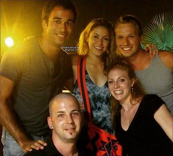 🎂 Shakira & Gérard sont allés « Fêter l'Anniversaire du Papa de Shak » o6 Septembre 2016 Barcelone - Espagne.