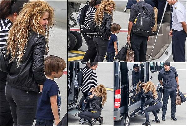 🎤 Shakira a donné un Concert à la « Métropole Arena » pour El Dorado Tour. 24 Juin 2o18 - Bordeaux, France.