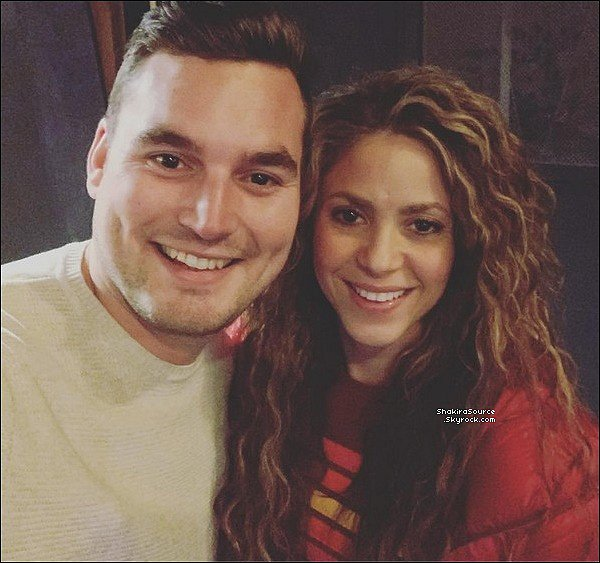 💎 Shakira est officiellement « Egérie de la Marque de bijoux Pandora ».  26 Janvier 2o19 - Etats-Unis.