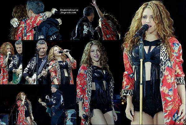 📷 Gérard a posté une « Photo de Lui, Shakira, Milan & Sasha ». 19 Juin 2o19 - Bahamas.