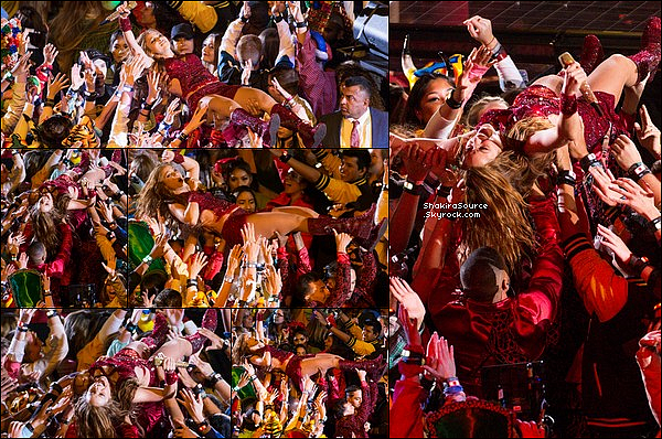 🚶 Shak a été vue quittant le « Hard Rock Stadium », en route pour aller fêter son anniversaire. o2 Février 2o2o - Miami, Etats-Unis.