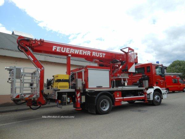BEA 32 Feuerwehr Rust
