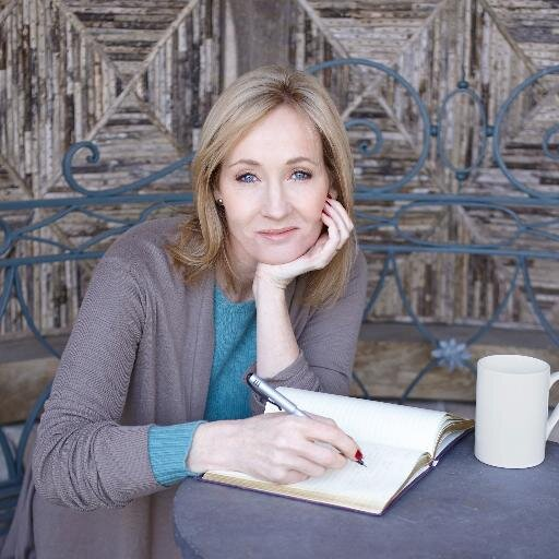 J.K. Rowling insultée sur Twitter après un engagement controversé de sa part