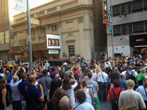 Daniel Radcliffe fête son anniversaire en avance à Broadway