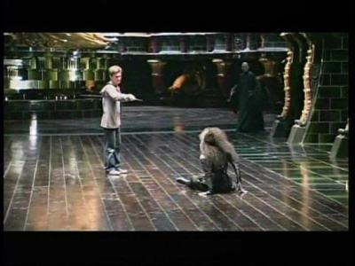 Harry veut se venger de la mort de Sirius. L'#OrdreDuPhenix