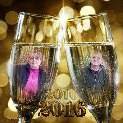 MES AMIES ET AMIS JE VOUS SOUHAITE UNE BONNE ANNEE 2016