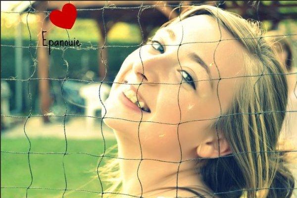 Un sourire c'est moin cher que l'éléctriciter mais sa donne autant de lumiere !