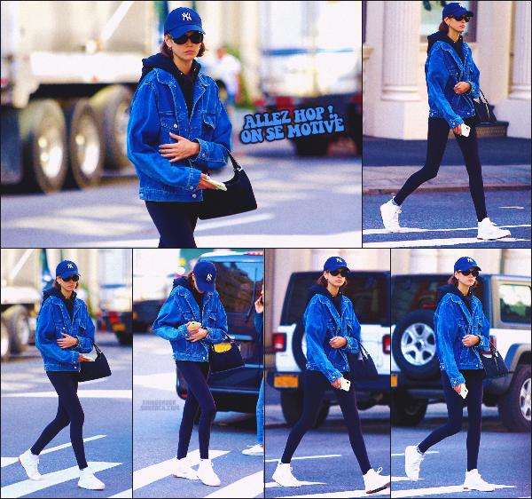 23/10/19 - Kaia Gerber a été aperçue se dirigeant à la salle de sport située à New-York City !