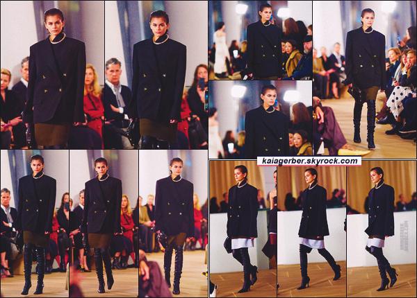- Kaia G. défilait pour la marque Proenza Schouler à la Fashion Week de New-York. -