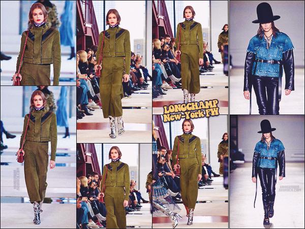 - Kaia Gerber défilait pour la marque Longchamp à la Fashion Week de New-York. -