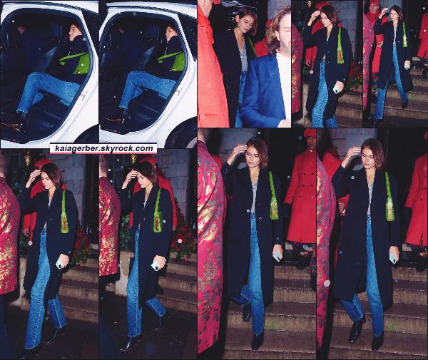 15/02/20 - Kaia Gerber a été aperçue avec ses amis sortant d'un club située à LONDRES, UK !