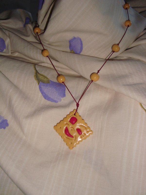 """collier """"BN a la framboise"""""""