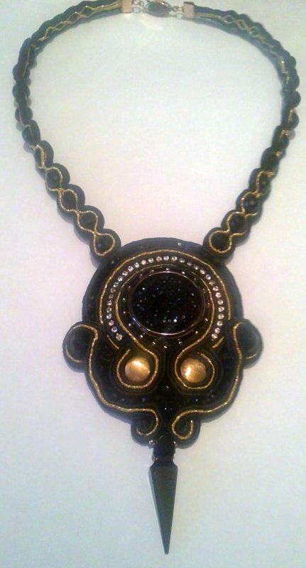 bijoux Mars 2012