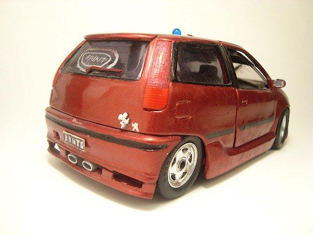 1/24  fiat punto 1.2 16v 1998