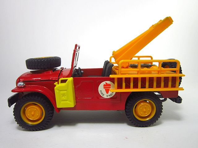 1/24  fiat campagnola fire engine
