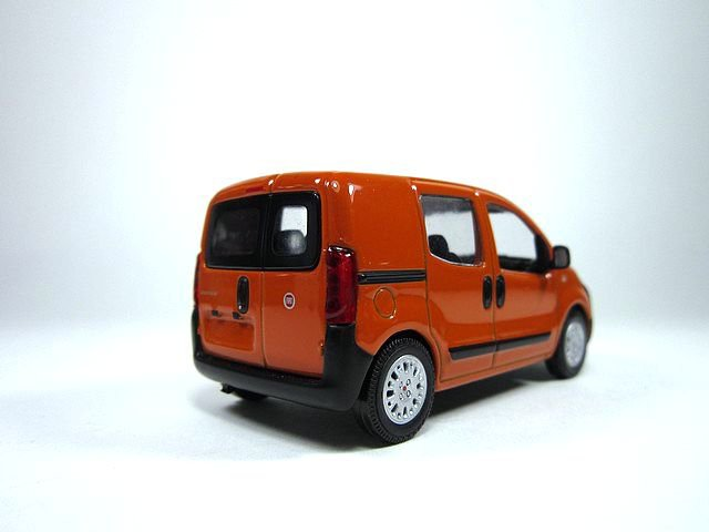 1 43 fiat fiorino 5 places 2008 diecast model cars. Black Bedroom Furniture Sets. Home Design Ideas