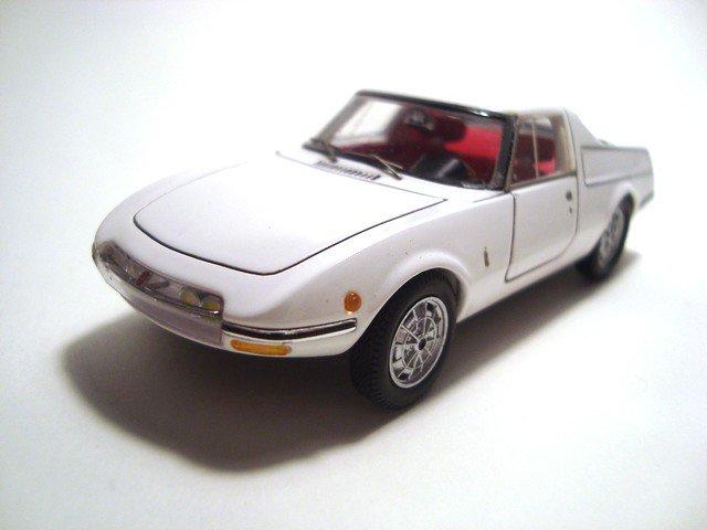 1/43 abarth ot 1000 coupé pininfarina 1965