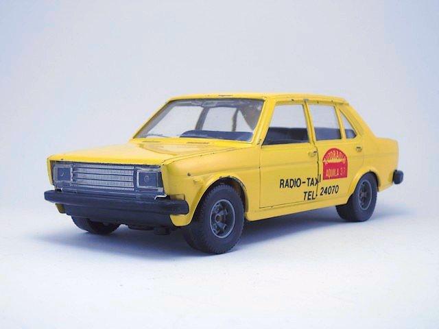 1/24  fiat 131  supermirafiori taxi