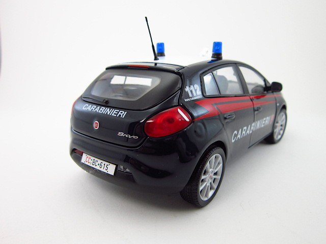 1/24  fiat bravo 2007 carabinieri