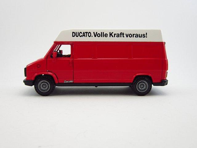 1/43 fiat ducato van 1988