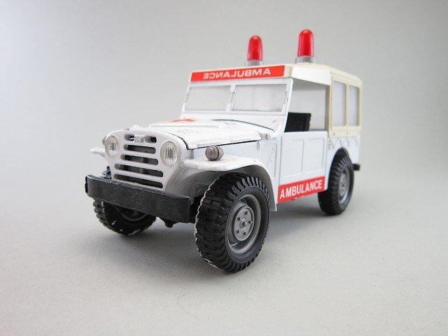 1/24  fiat campagnola ambulance