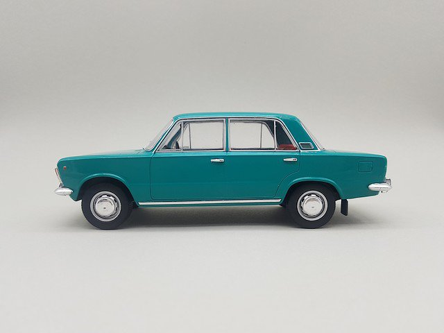 1/24  polski fiat 125P 1970
