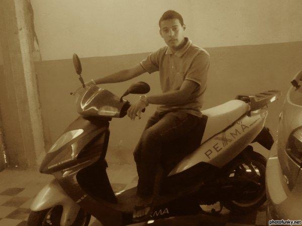tjr je suis dans la moto