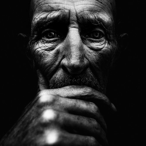 LES PORTRAITS DE SDF PHOTOGRAPHIERS  PAR LEE JEFFRIES