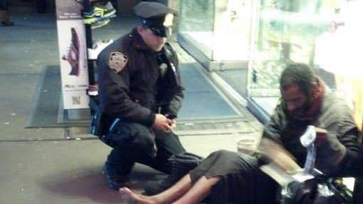 Un policier au grand coeur devient un héros