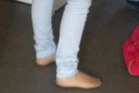 mes pied avec mon slim :)