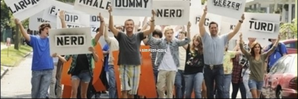 01.12.2011 - Cody Simpson sur Extreme Makeover Home