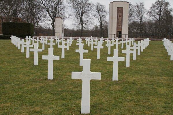Memorial et cimetiere Americain a luxembourg suite